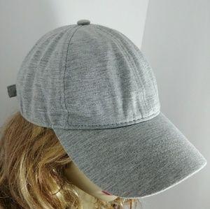 OLD NAVY GREY ADJUSTABLE T-SHIRT KNIT CAP HAT